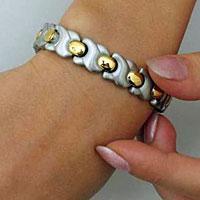 сколько стоит браслет золотой женский